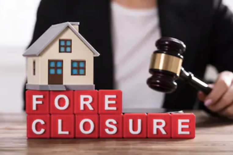 When should you use chapter 13 bankruptcy to stop foreclosure?